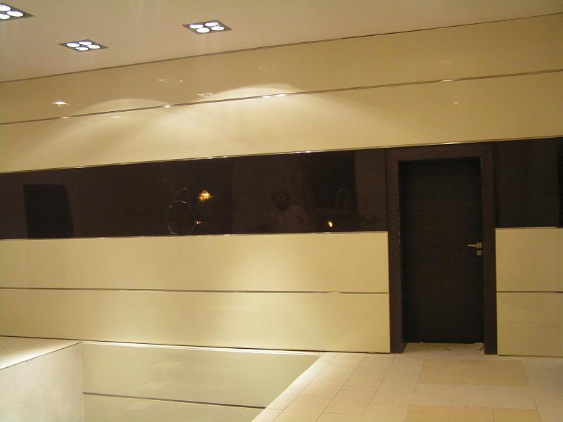 The Wall - Doorstations halls