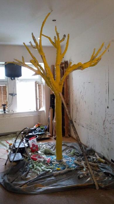 yelow tree, 2018